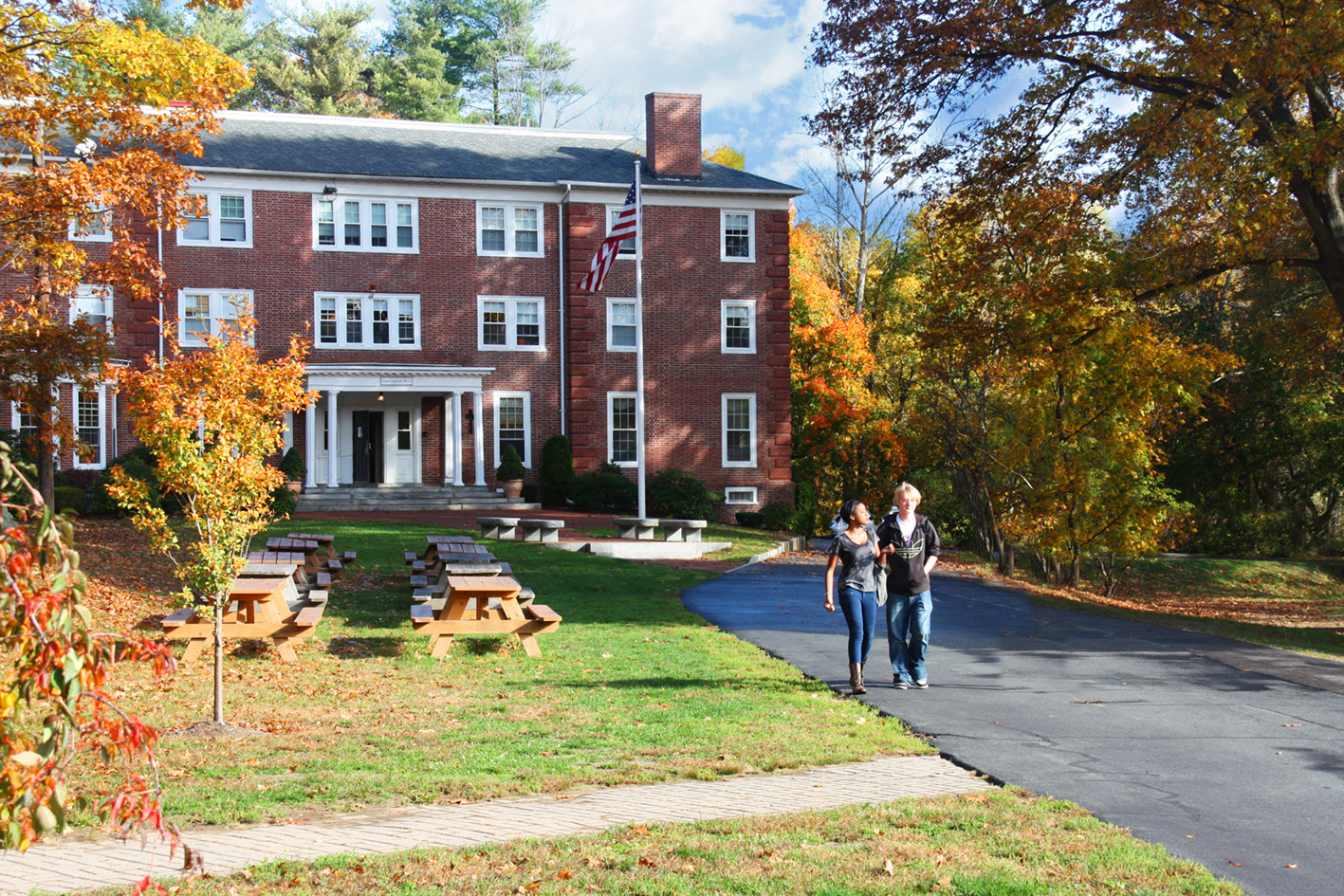 1411495163-Harrington-Image-Fall-New-England-Boarding-Day-Private-School-11
